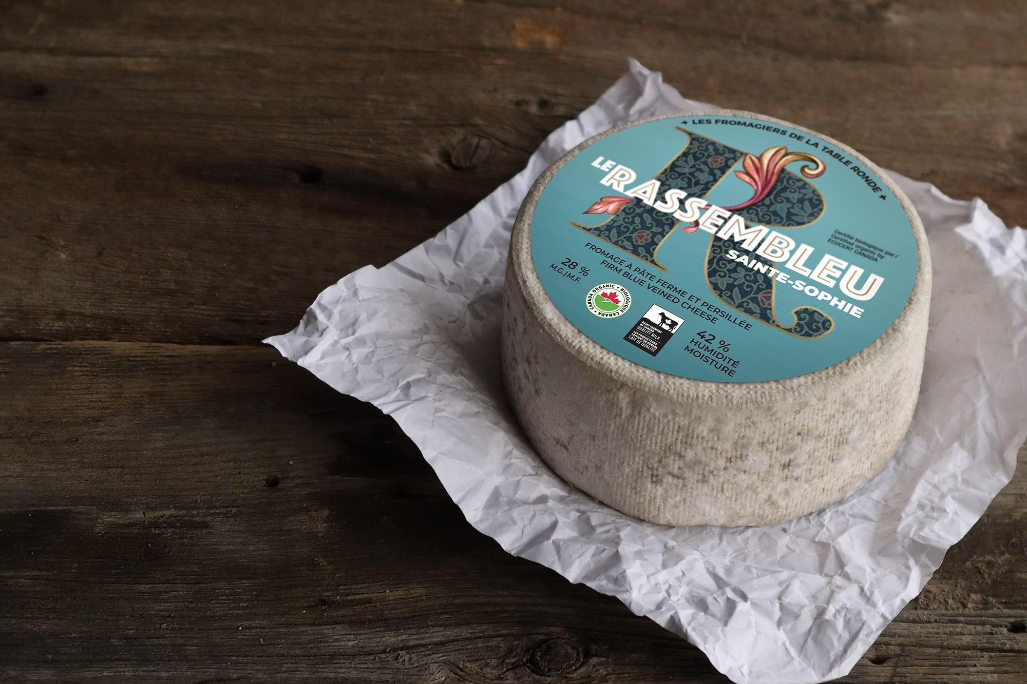 De la ferme ancestrale à la fromagerie familiale   Les Fromagiers ...